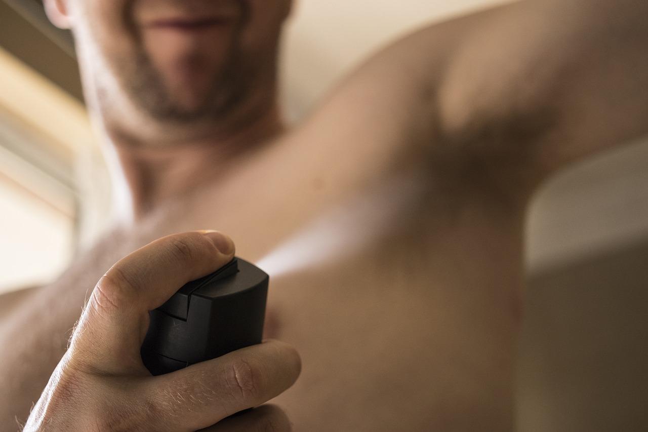 Déodorants aux sels d'aluminium: faut-il s'en méfier?